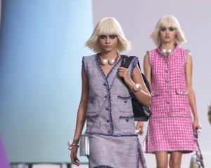 Chanel привёз вМоскву коллекцию Métiers d'art