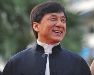Джеки Чан готовит к выходу книгу о своей жизни