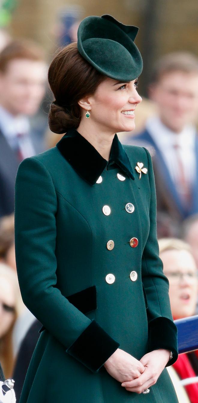 Эксперты посчитали стоимость нарядов Кейт Мидлтон - Радио Romantika