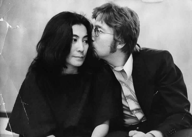 Йоко Оно отметила день рождения Джона Леннона