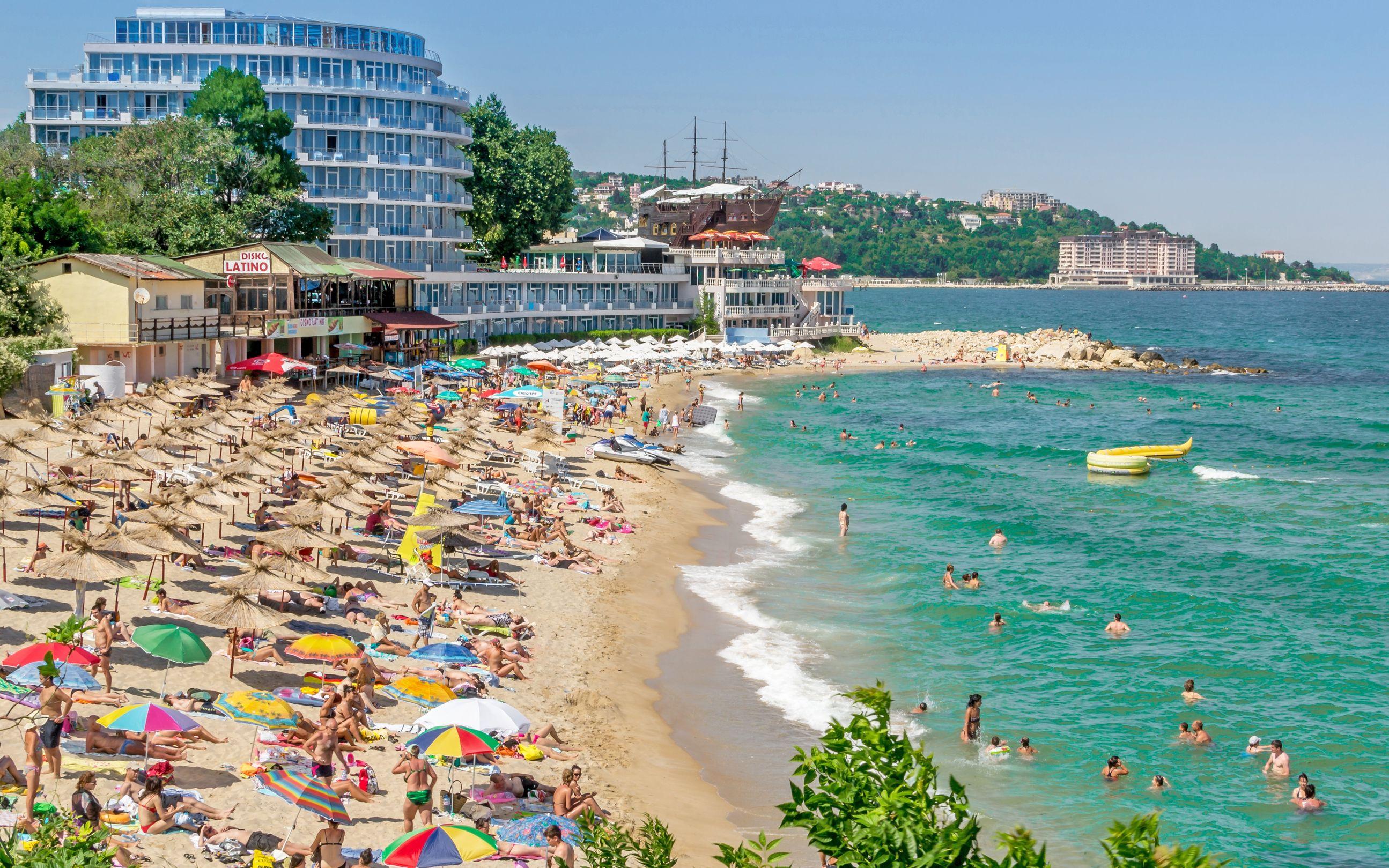 ТОП-10 бюджетных пляжных курортов 2019